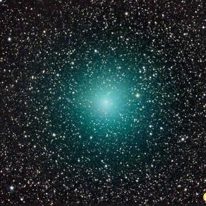 彗星接近地球犹如宇宙珠宝