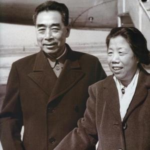 开国领导人的夫人谁级别最高?邓颖超是正国级,还有三位副国级